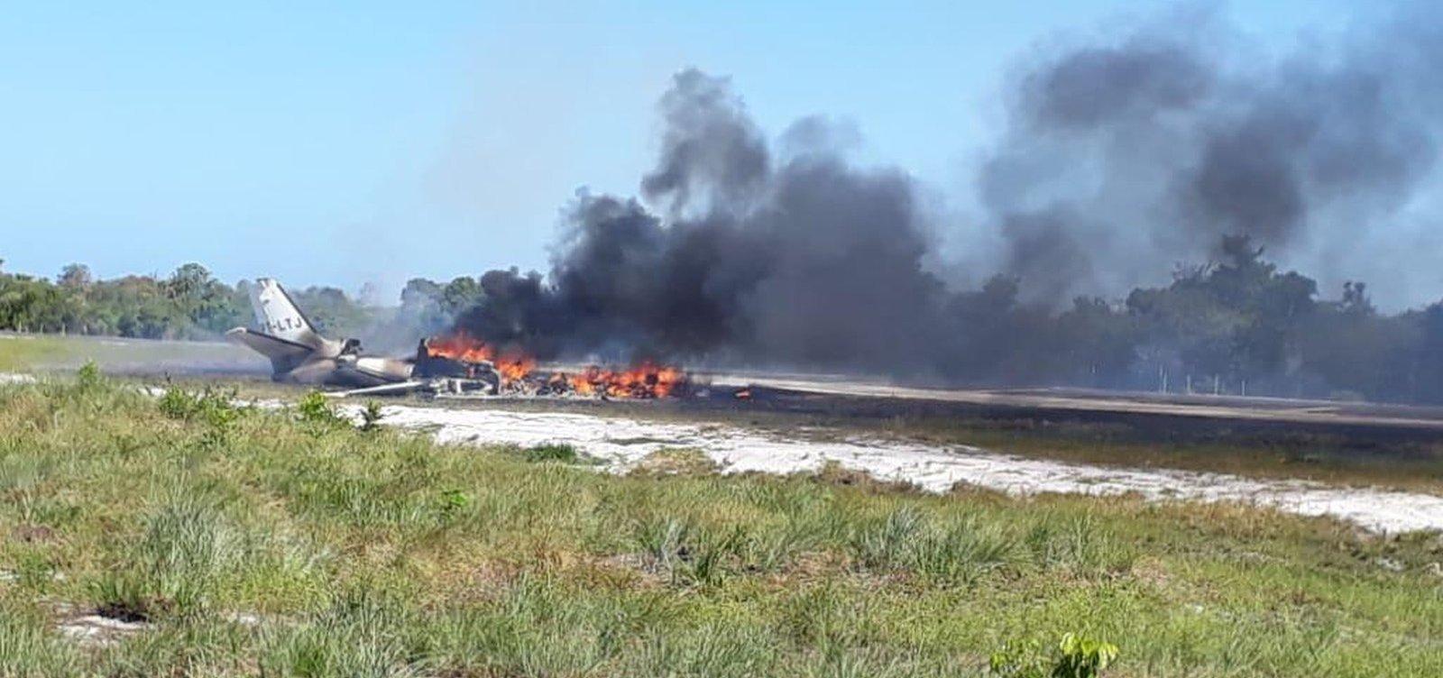 [Quatro vítimas de queda de avião em Maraú são transferidas para SP]