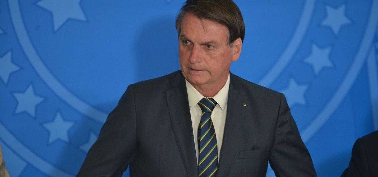 [Bolsonaro diz que desmatamento é cultural no Brasil e não acabará]