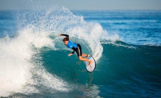 [Salvador se candidata para sediar competição internacional de surf na praia de Stella Maris]