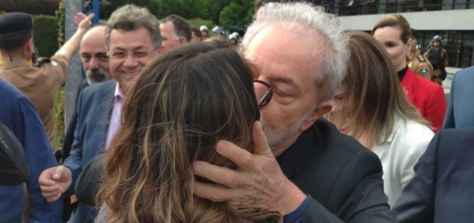 [Lula revela conselho dado por Dilma: 'Você tem que namorar']