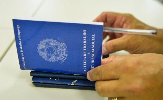 [Brasil cria 70,8 mil empregos formais em outubro]