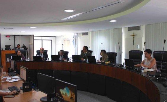 [Ex-titular da Setur, Pelegrino é multado por irregularidades em convênio pelo TCE]