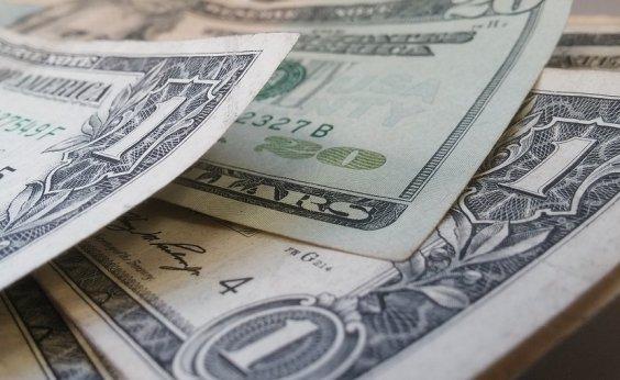 ['Dólar a R$ 4 é novo patamar', diz presidente do conselho do BNDES]