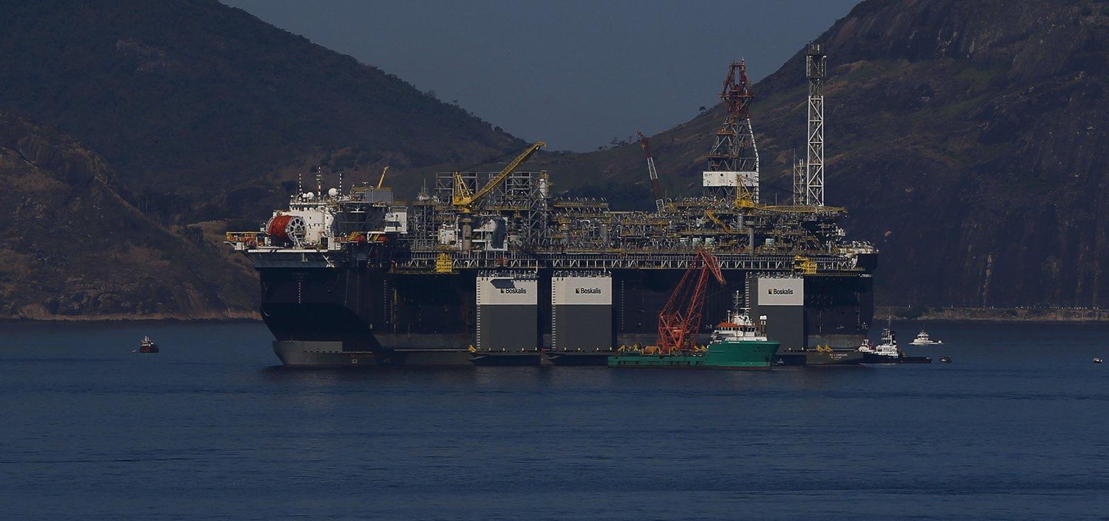 [Petroleiros vão manter mobilização mesmo após proibição pelo TST]