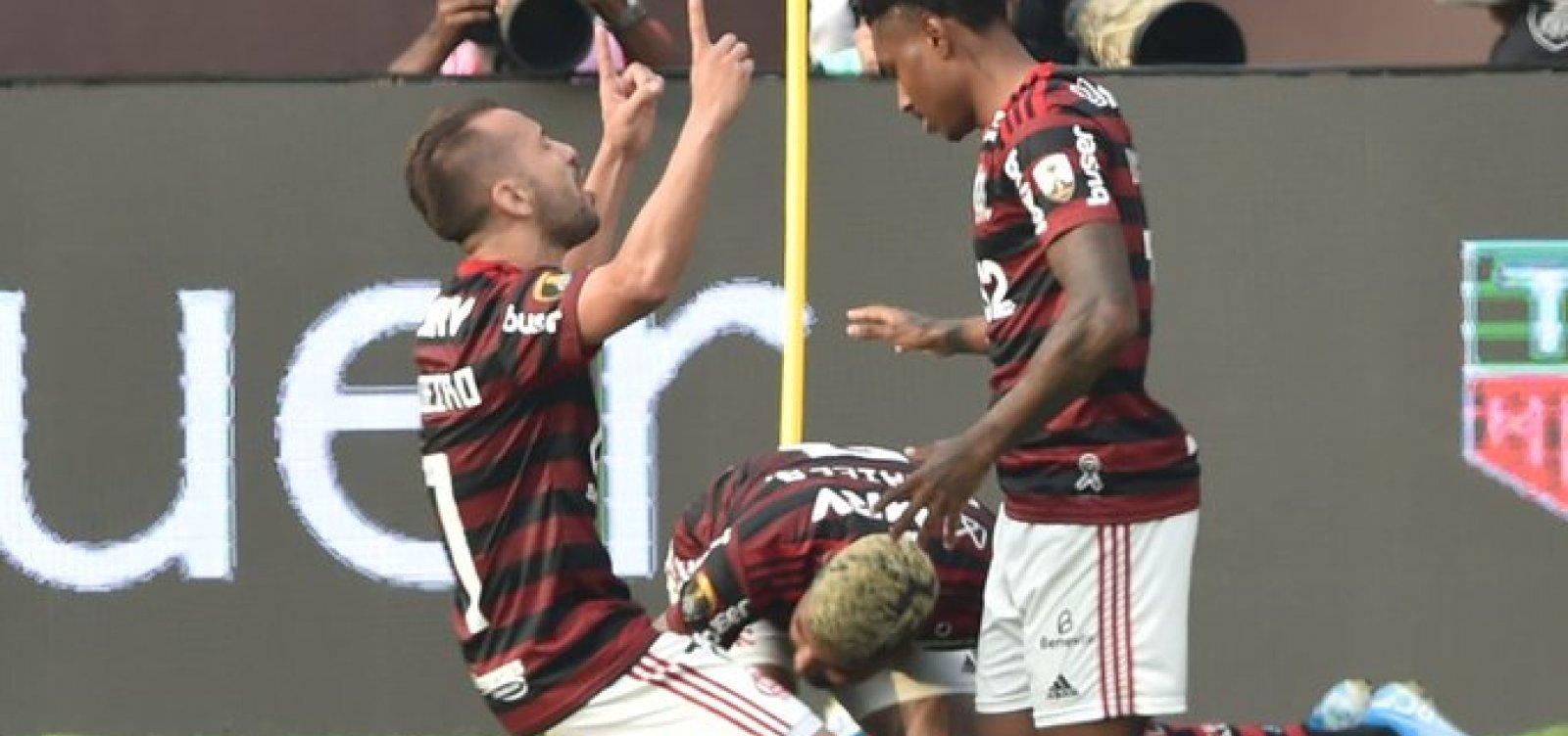 [Flamengo vence o River Plate de virada e conquista a Libertadores]