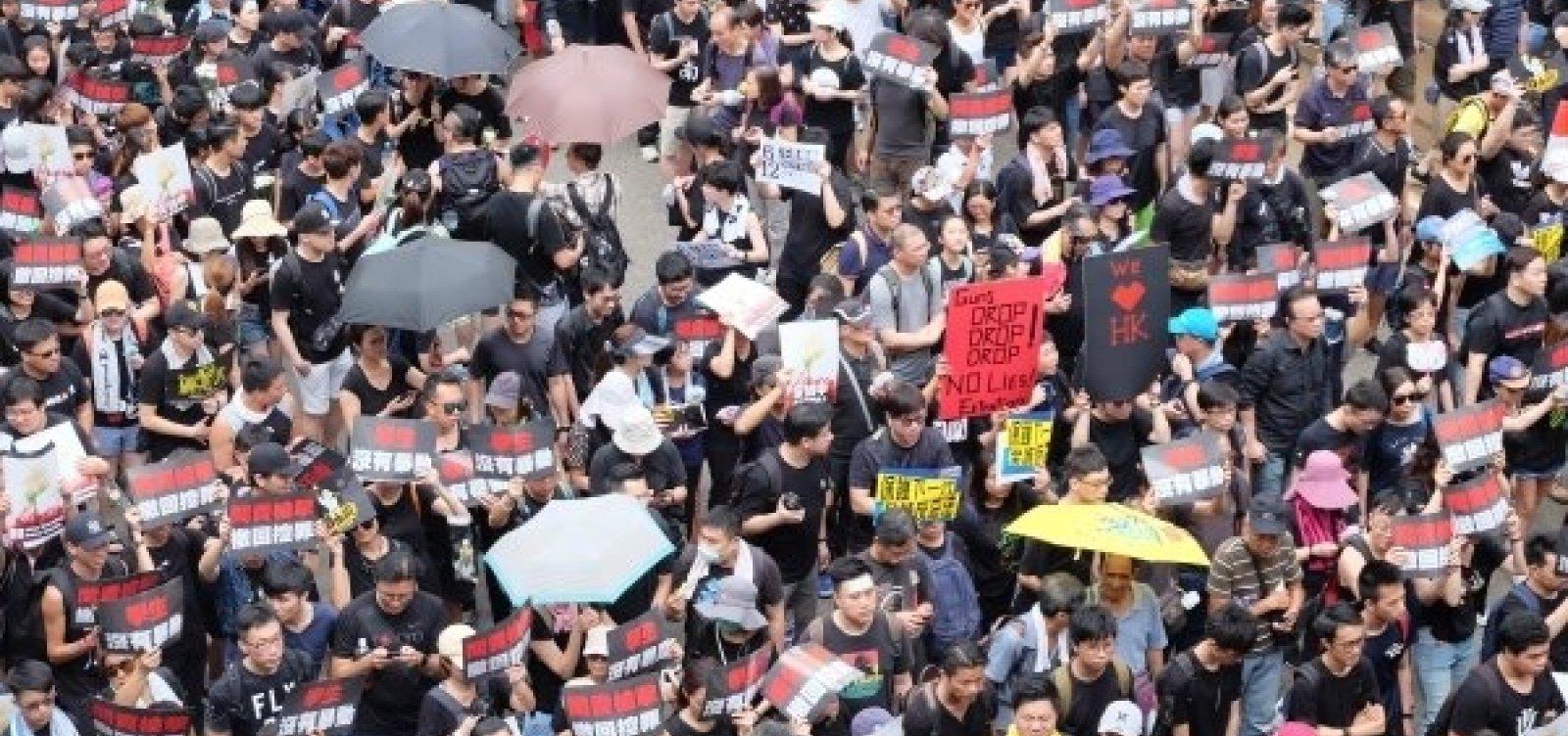 [Hong Kong: Eleitores vão às urnas hoje pela primeira vez após protestos]