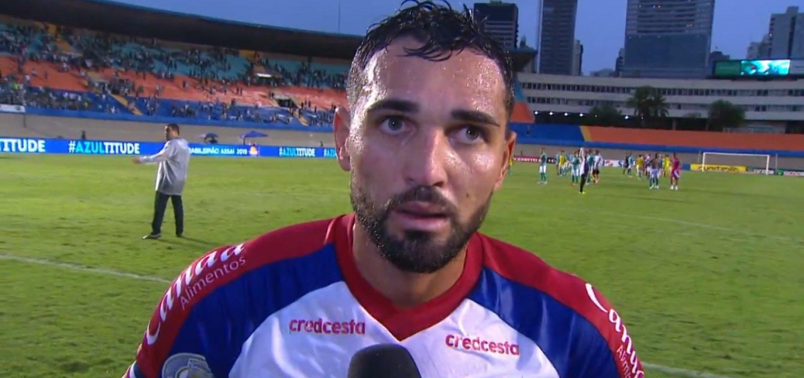 [Gilberto manda recado para a torcida após derrota do Bahia para o Goiás: 'Vamos lutar até o final']
