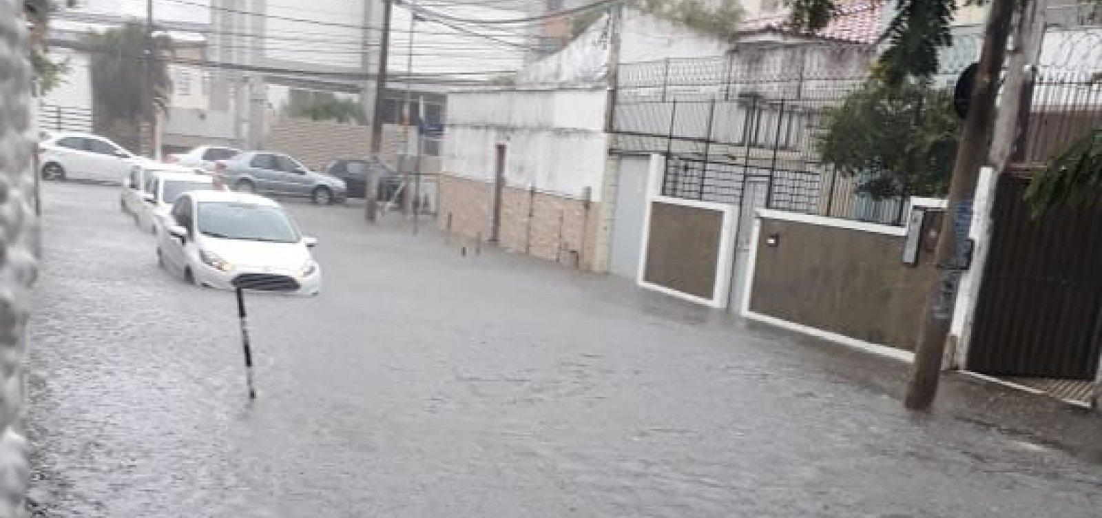 [Com chuva forte, Salvador supera volume de água esperado para o mês de novembro]