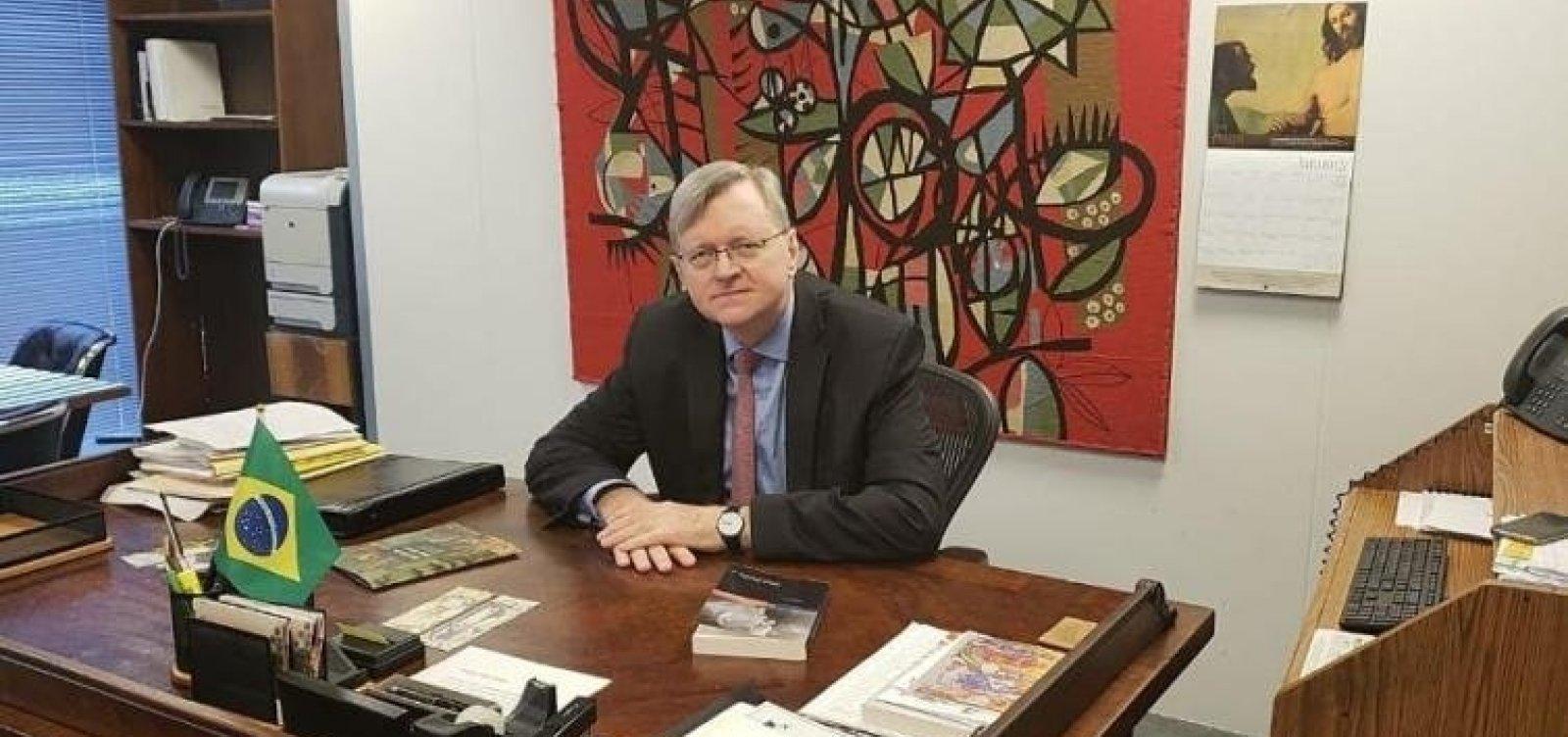 [Bolsonaro formaliza indicação de Nestor Forster para embaixada do Brasil em Washington]