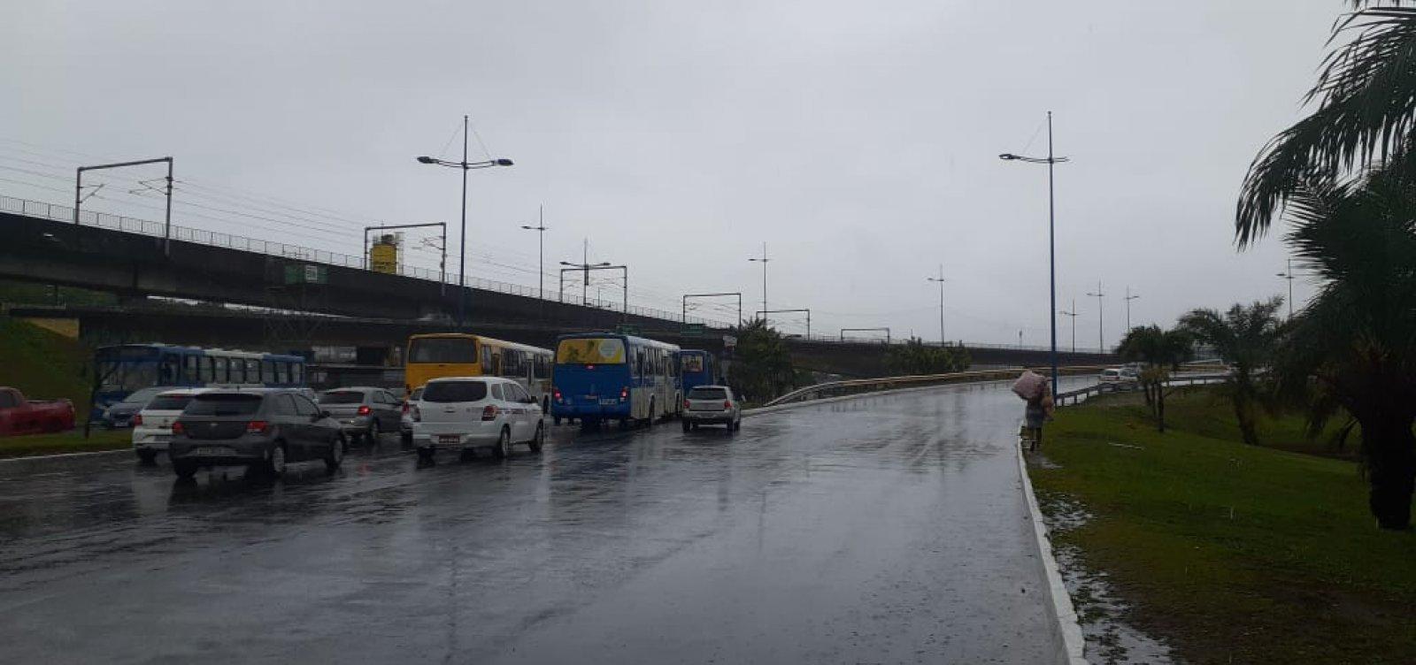 [Codesal registra mais de 240 ocorrências após chuvas em Salvador]