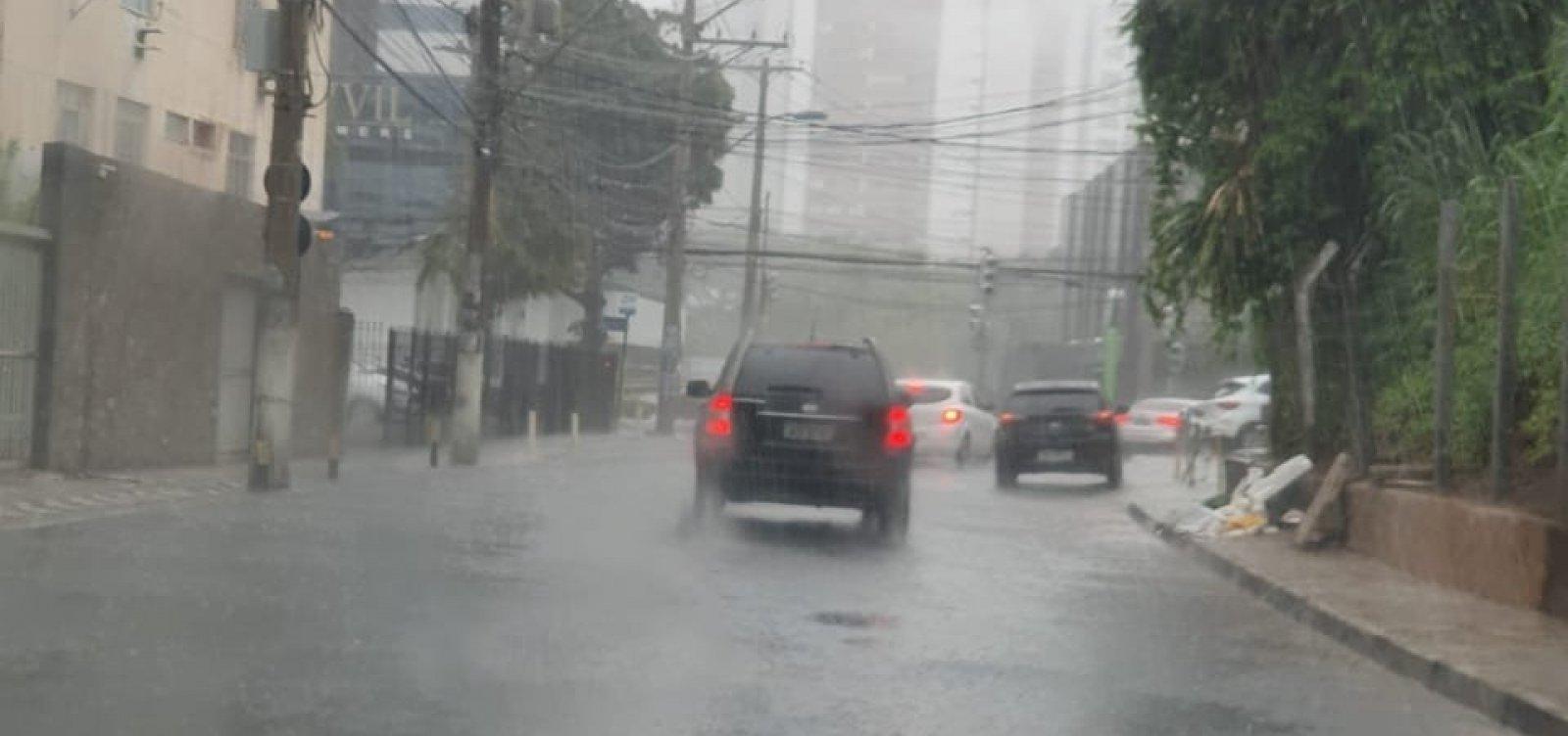 [Defesa Civil: número de ocorrências ultrapassa 1.000 chamadas em Salvador]