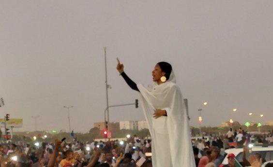 [Sudão revoga lei que controlava o comportamento e roupas de mulheres]