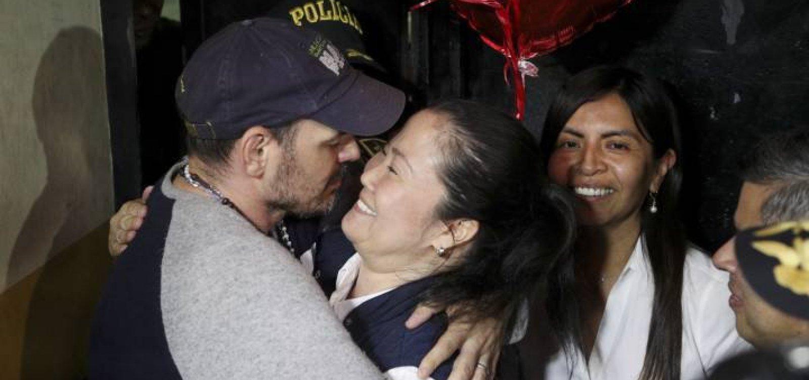 [Peru: Líder oposicionista Keiko Fujimori deixa a prisão]