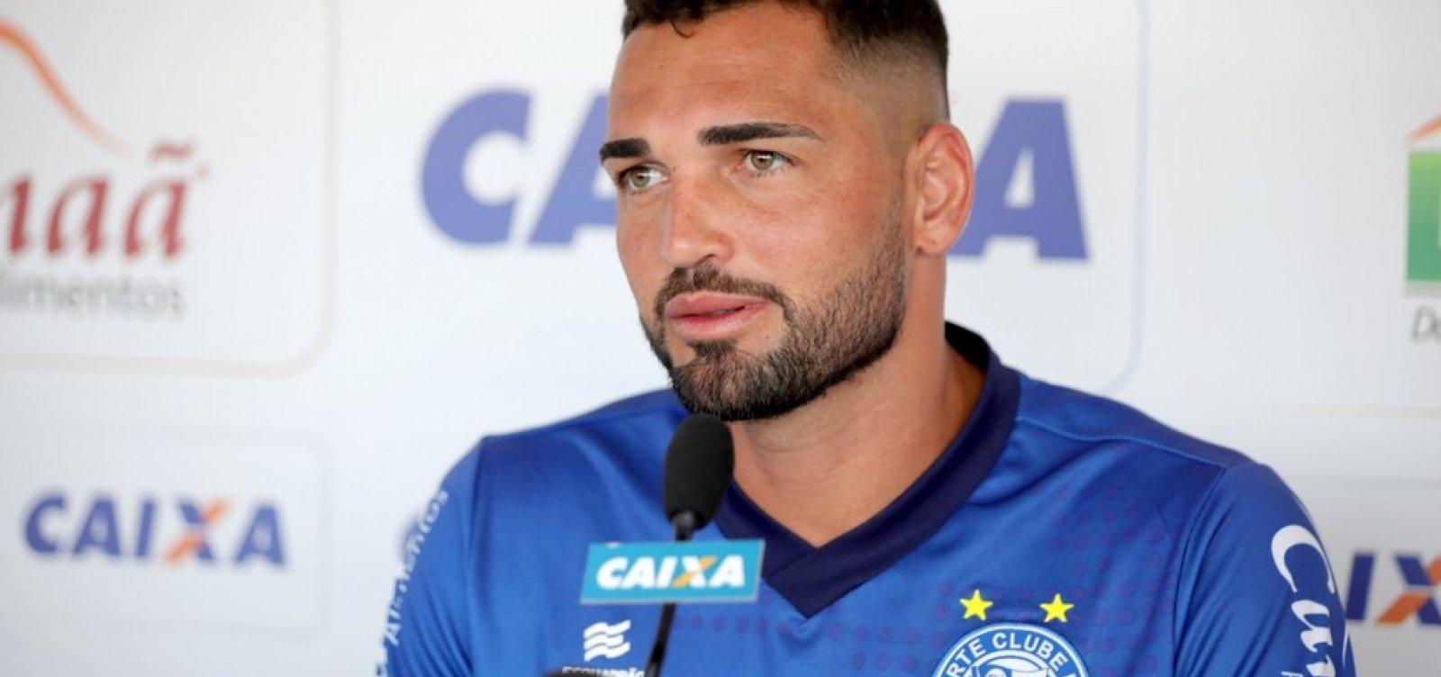 [Gilberto elogia elenco após Bahia vencer o CSA: 'Nosso grupo sempre se dedica ao máximo']