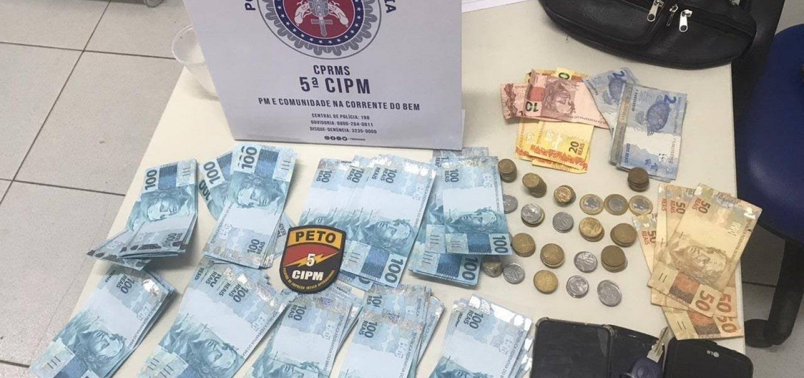 [Turistas de Minas Gerais são detidos com R$ 9 mil em notas falsas em Vera Cruz]