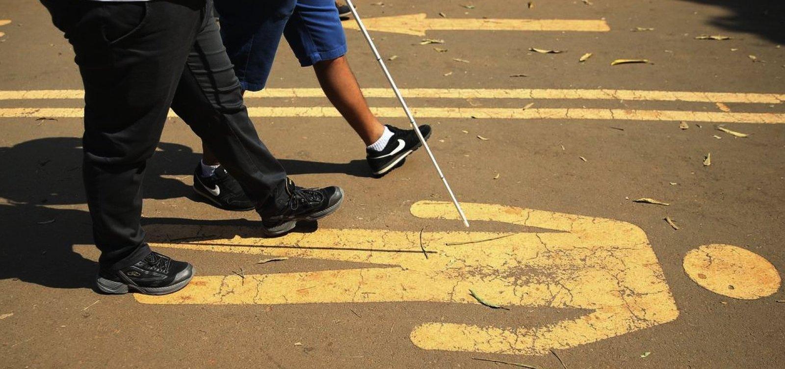 [Governo quer lei para permitir que empresa deixe de cumprir cota para deficientes]