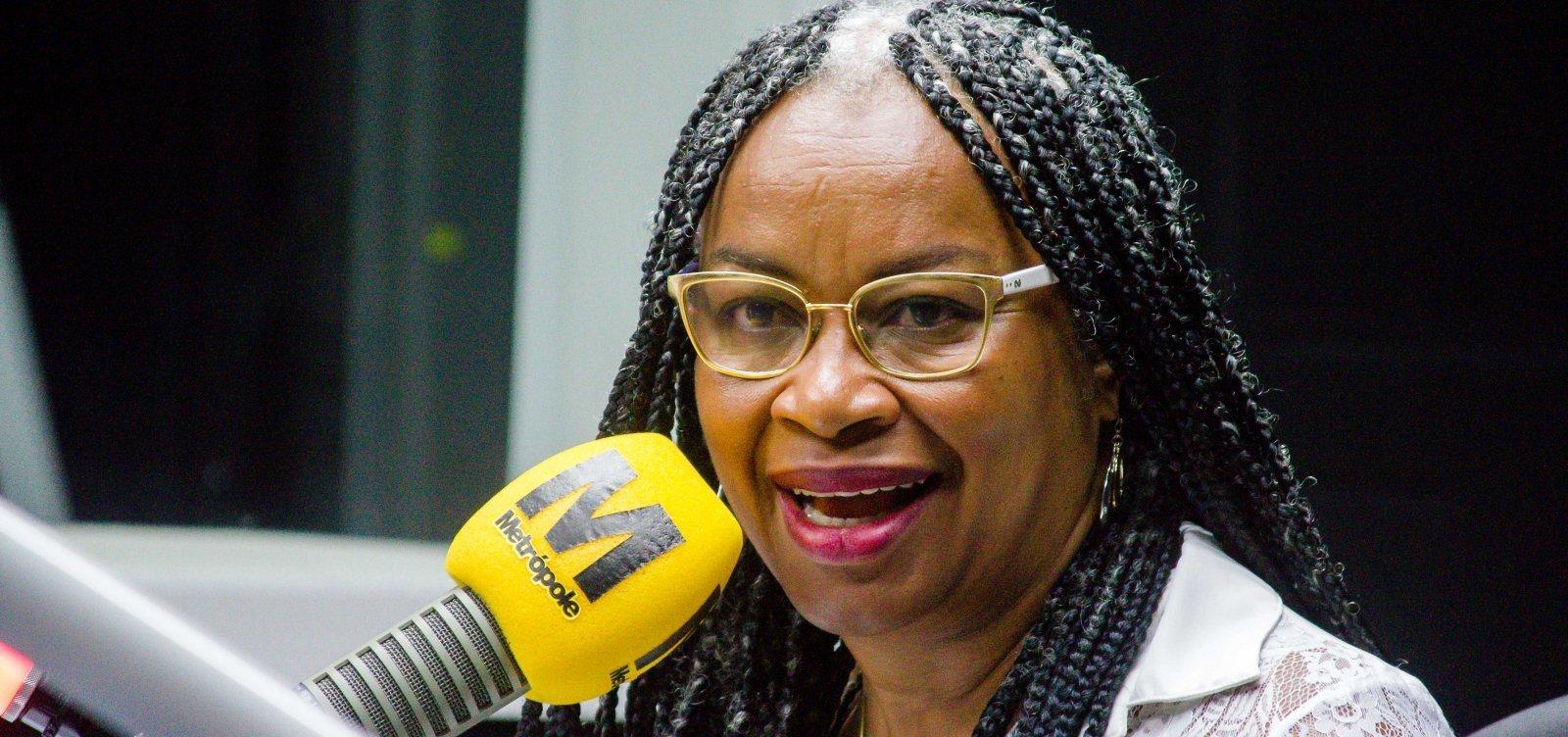 ['Pior resultado que o racismo é capaz de produzir', diz Olívia Santana sobre presidente da Fundação Palmares]