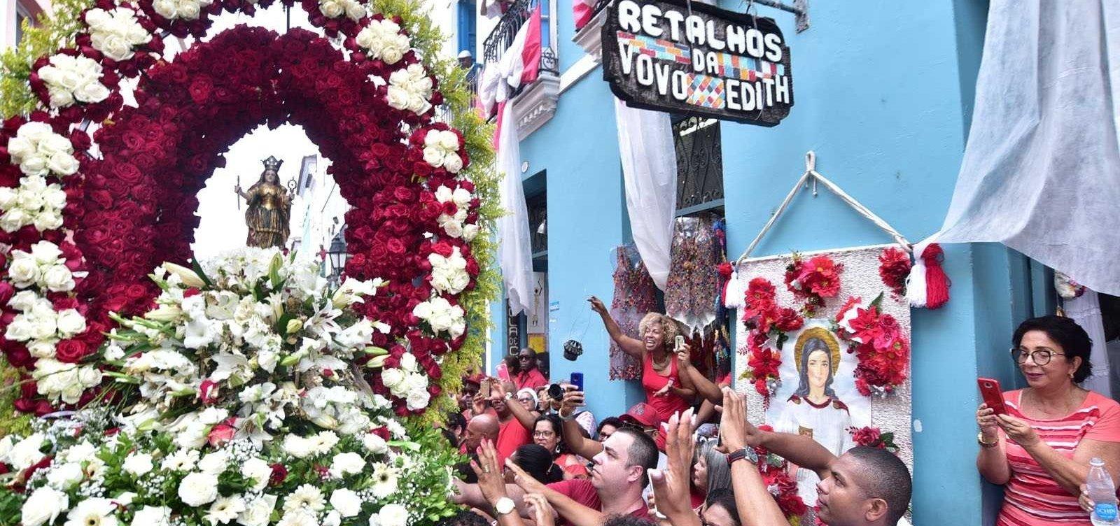 [Santa Bárbara: confira programação da festa que reúne devotos em Salvador]