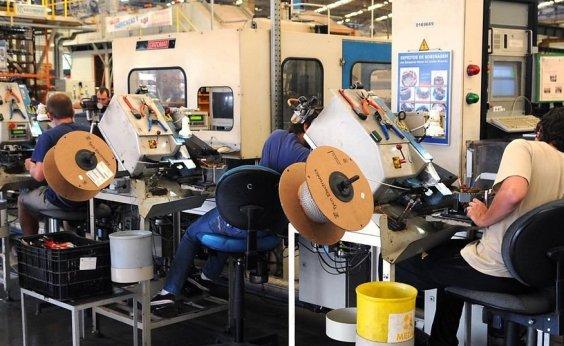 [Produção industrial tem terceira alta seguida e aumenta 0,8% em outubro]