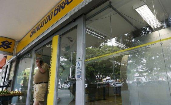 [Bolsonaro nega intenção de privatizar Banco do Brasil e Caixa]