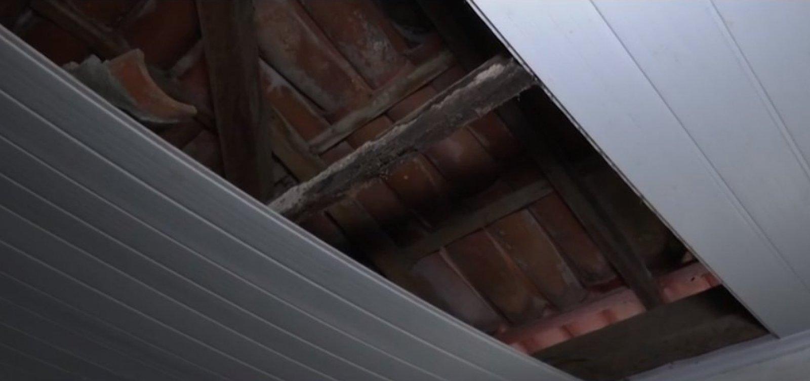 [Forro de teto de posto de saúde desaba em Itabuna, no sul da Bahia]