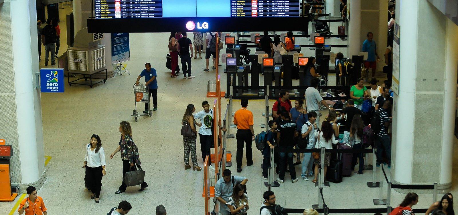 [Brasil dobra para US$ 1 mil limite de compra no exterior]