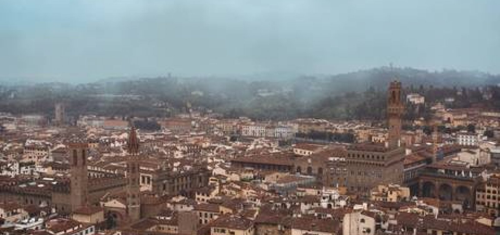 [Terremoto de magnitude 4,8 atinge Florença, na Itália]