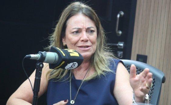 [Fabíola Mansur critica canal criado por Damares para acusar pais: 'Ministra do denuncismo']