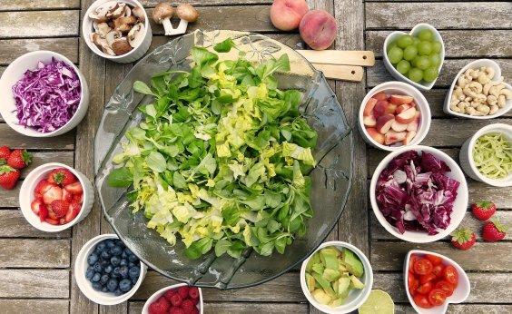 [Anvisa: 23% dos alimentos analisados têm resíduos de agrotóxicos acima do limite permitido ou proibidos]
