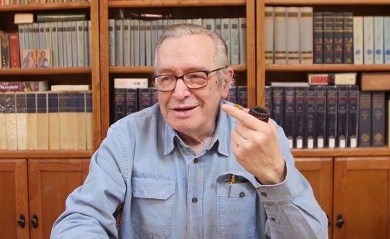 [Caetano cobra R$ 2,8 mi de Olavo de Carvalho após descumprimento de ordem judicial]