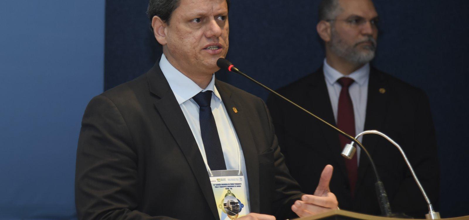 [Ministro diz que Bolsonaro não viajou para Salvador por motivos de saúde: 'Médico recomendou']