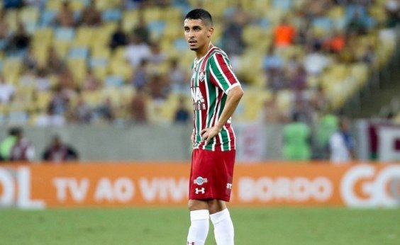 [Bahia acerta com meia ex-Fluminense para a próxima temporada]