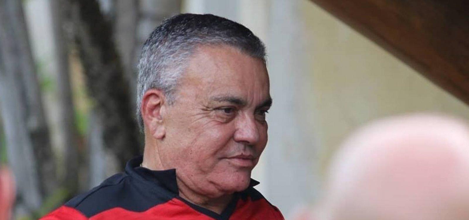 [Vitória já quitou praticamente todos os atrasos salariais com atletas e funcionários, diz Paulo Carneiro]