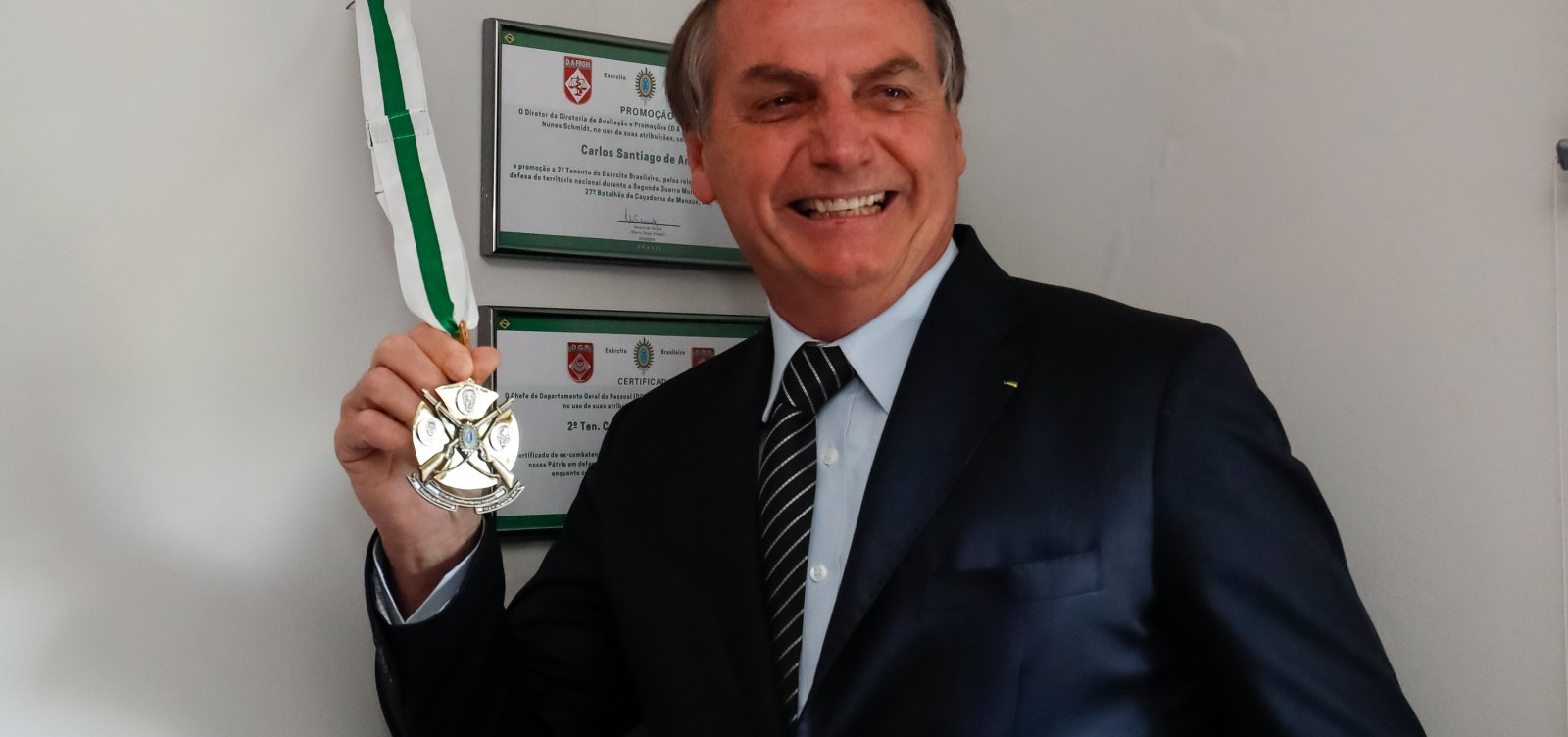 [Um dia após Bolsonaro não viajar a SSA 'por recomendação médica', agenda hoje tem idas para Rio e Palmas]