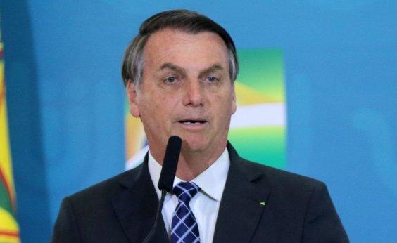 [Bolsonaro retirou lesões causadas por exposição ao sol]