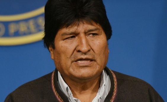 [Evo Morales chega à Argentina; ex-presidente boliviano terá status de refugiado]
