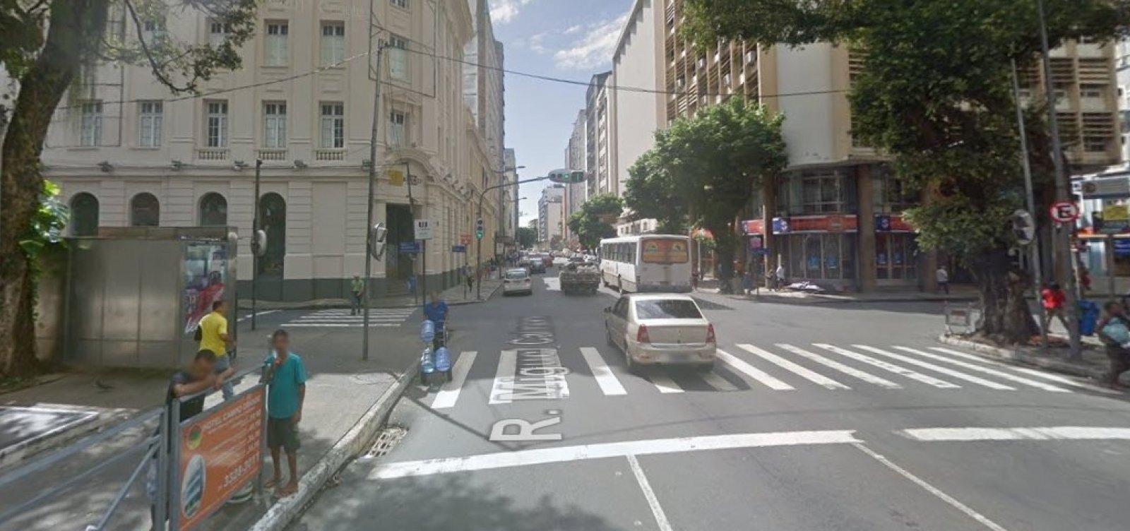 [Tráfego de veículos será interditado amanhã na Rua Miguel Calmon, no Comércio]