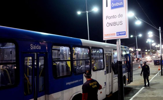 [Festival Virada Salvador terá linha especial entre ônibus e metrô]