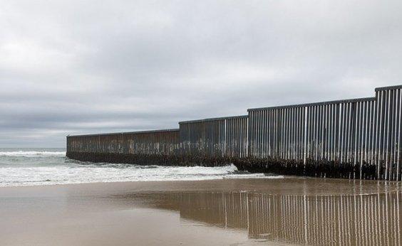 [Número de imigrantes brasileiros apreendidos em fronteira americana sobe para 18 mil]