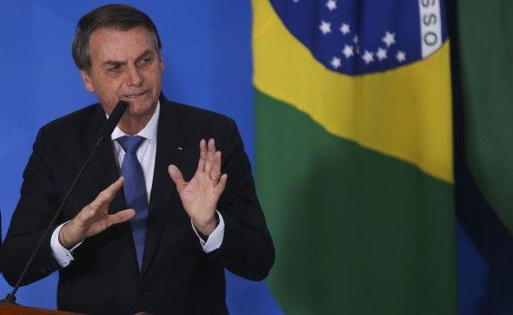 [Bolsonaro diz gostar de Crivella, mas evita declarar apoio a ele para 2020 no Rio de Janeiro]