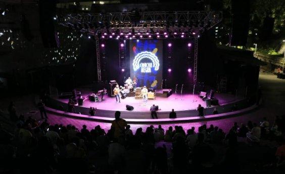 [Sucessos do reggae marcam terceira apresentação do Concha Negra em Salvador]