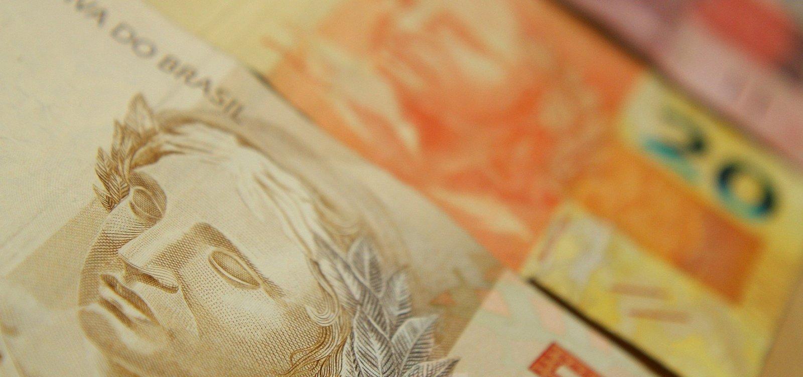 [Mais de 370 mil baianos têm direito a sacar R$ 631 milhões de cotas do PIS]
