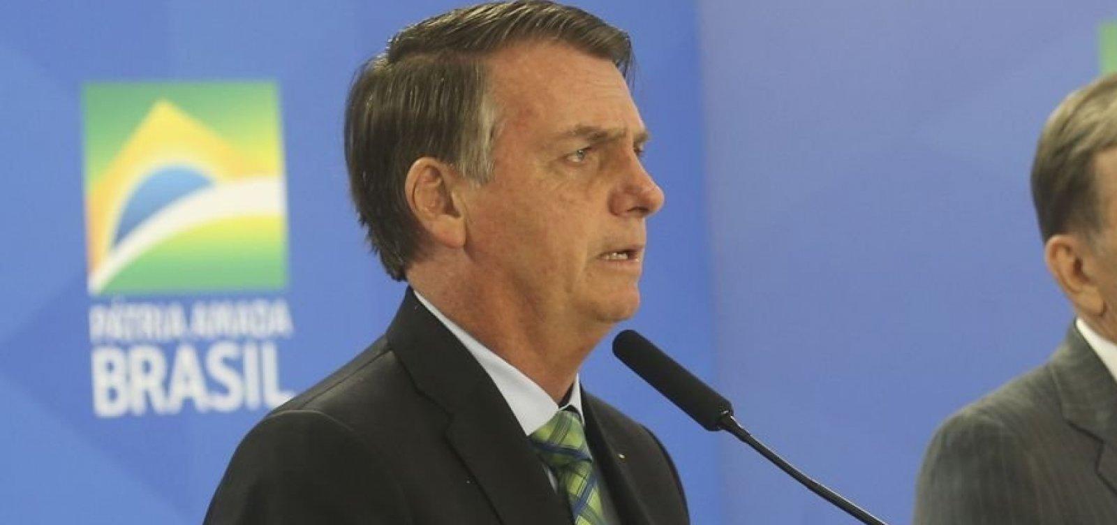 [Bolsonaro quer elevar teto do IR para R$ 3 mil por mês]