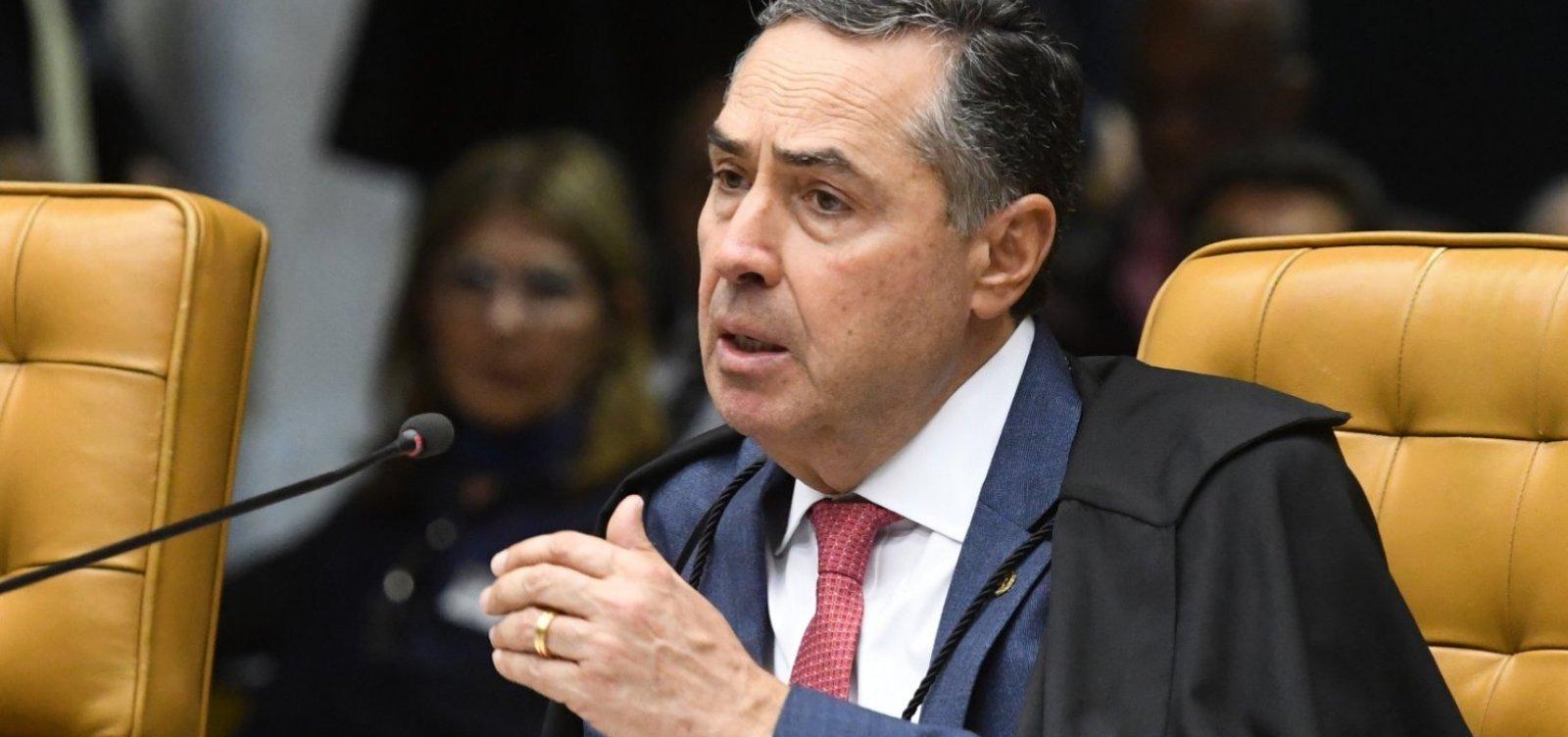 [Combater fake news com decisão judicial é fantasia, diz Barroso]
