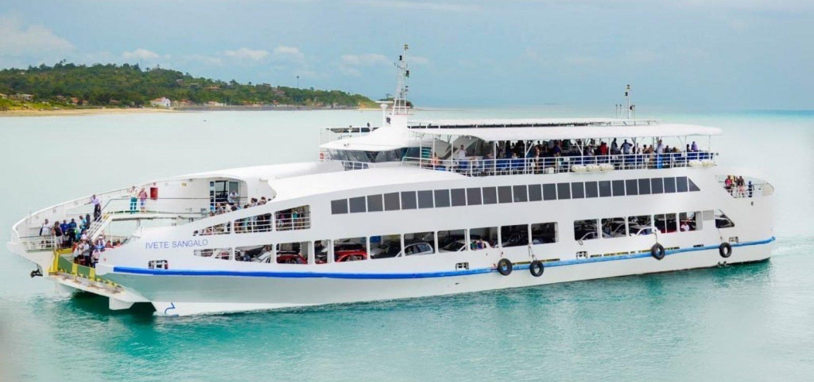 [Ferry registra três horas de espera para veículos em Bom Despacho]