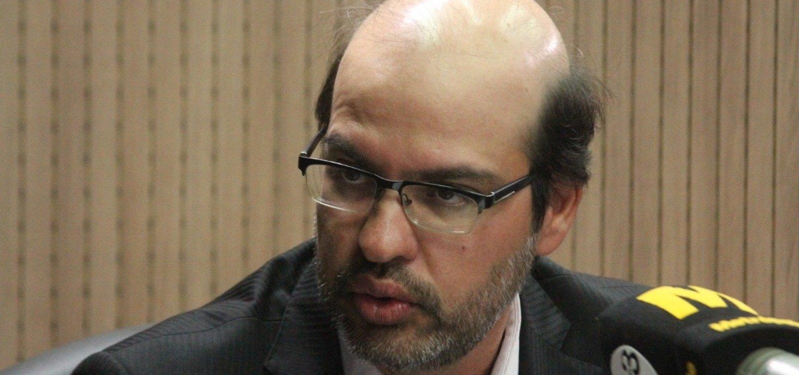 [Novo presidente do TCE critica tentativa de criminalização da atividade política]