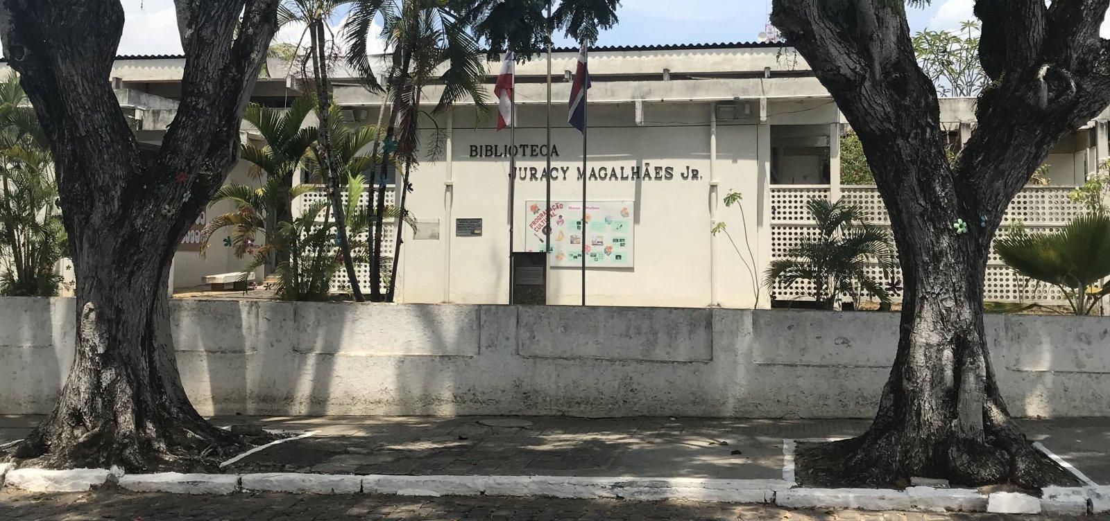 [Em reforma, biblioteca de Itaparica tem atendimento suspenso por ao menos 360 dias]