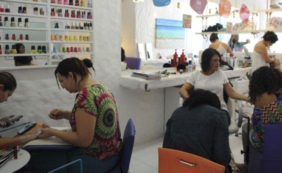 [Volume de serviços caiu 1,5% em novembro na Bahia]