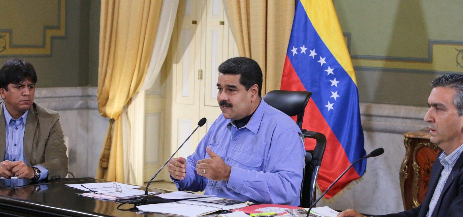 [Presidente da Venezuela promete 'arrebentar os dentes' de Bolsonaro]