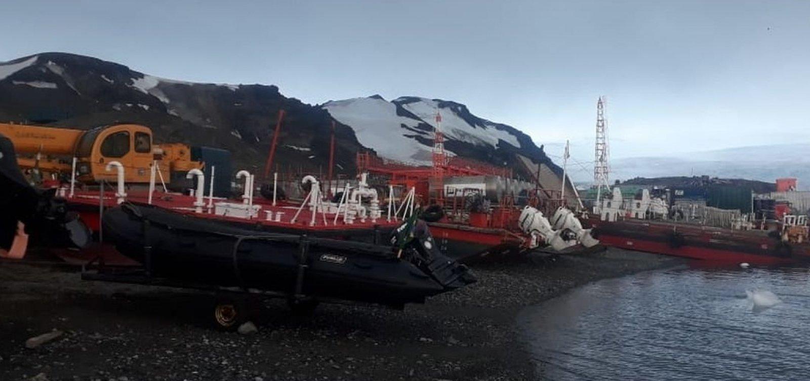 [Após incêndio, base de pesquisa na Antártica será reinaugurada hoje]
